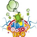 Green aliens ufo — Stock Vector