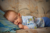 The sleeping little boy — Stock Photo