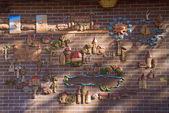 Map at a wooden brick wall 2 — Stock Photo