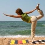 Natarajasana yoga pose — Stock Photo #1521877