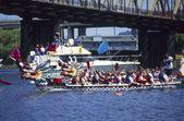 Dračí lodě závod dokončit — Stock fotografie