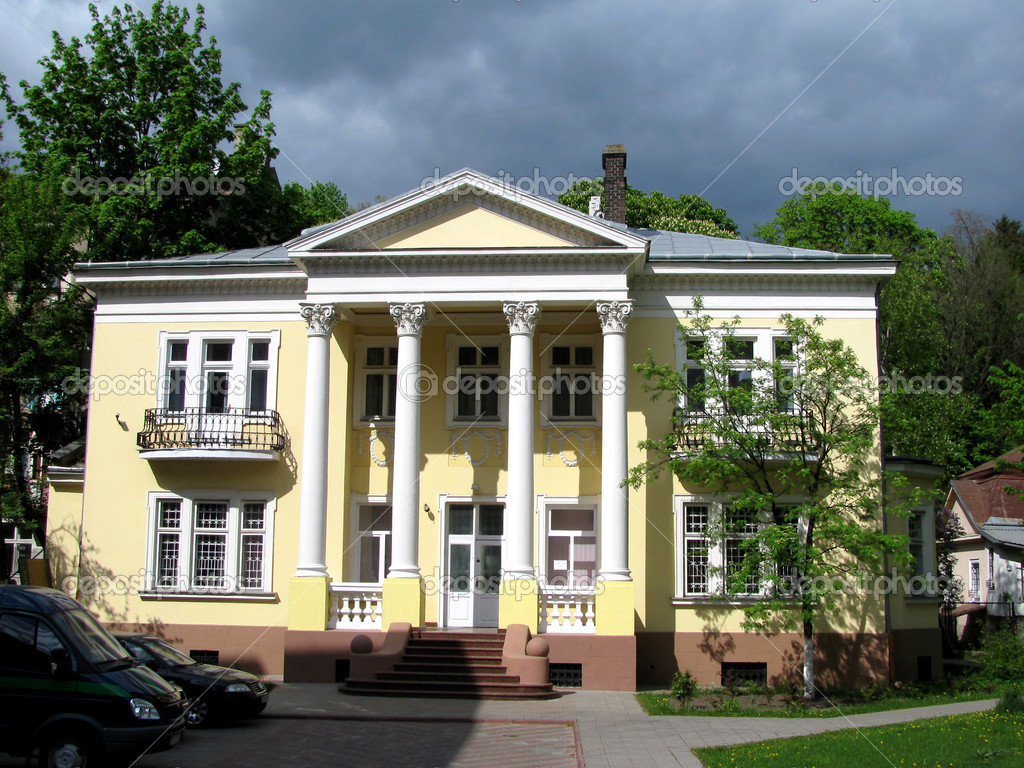 Ancient House With Columns Stock Photo Elena73 1571029