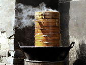 Steaming chinese food — Stock Photo