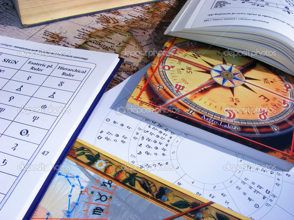 Astrology books and natal chart — Stockfoto #2577033