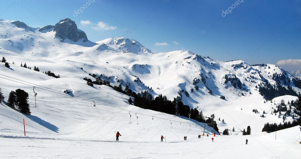 Slope on the skiing resort Flumserberg. Switzerland — Stock Photo #1513411