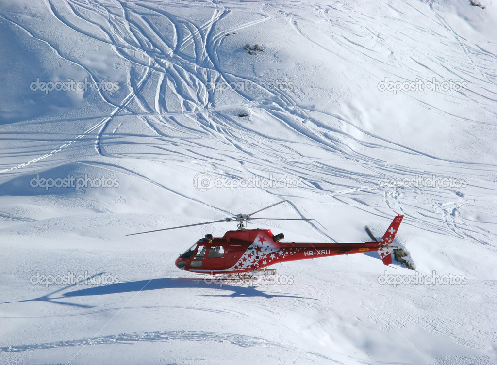 Rescue helicopter on duty in Swiss alps  Stock fotografie #1525360