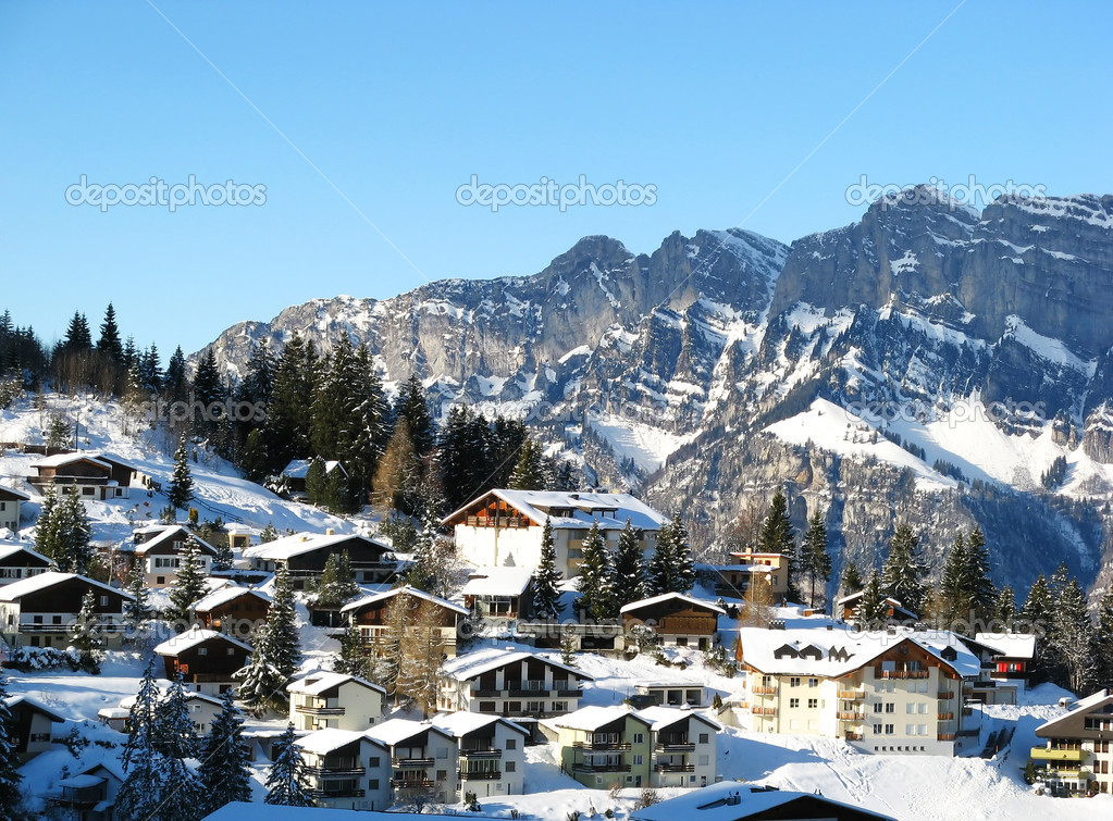 Flumserberg resort in swiss alps  Stok fotoraf #1526195