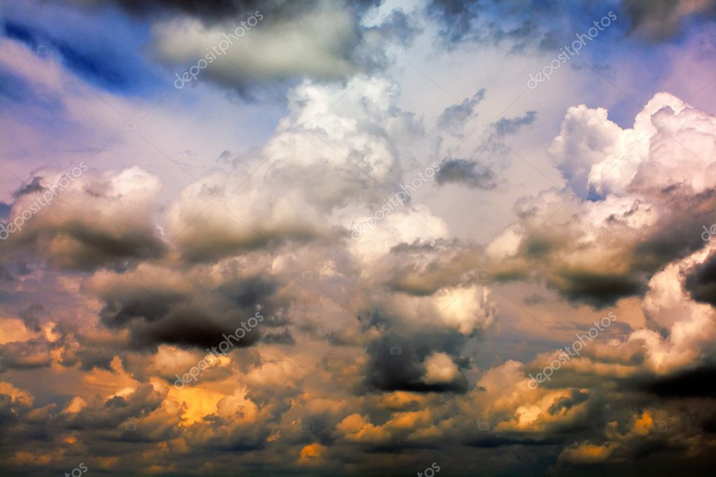 Beautiful storm clouds — Stock Photo #1584347