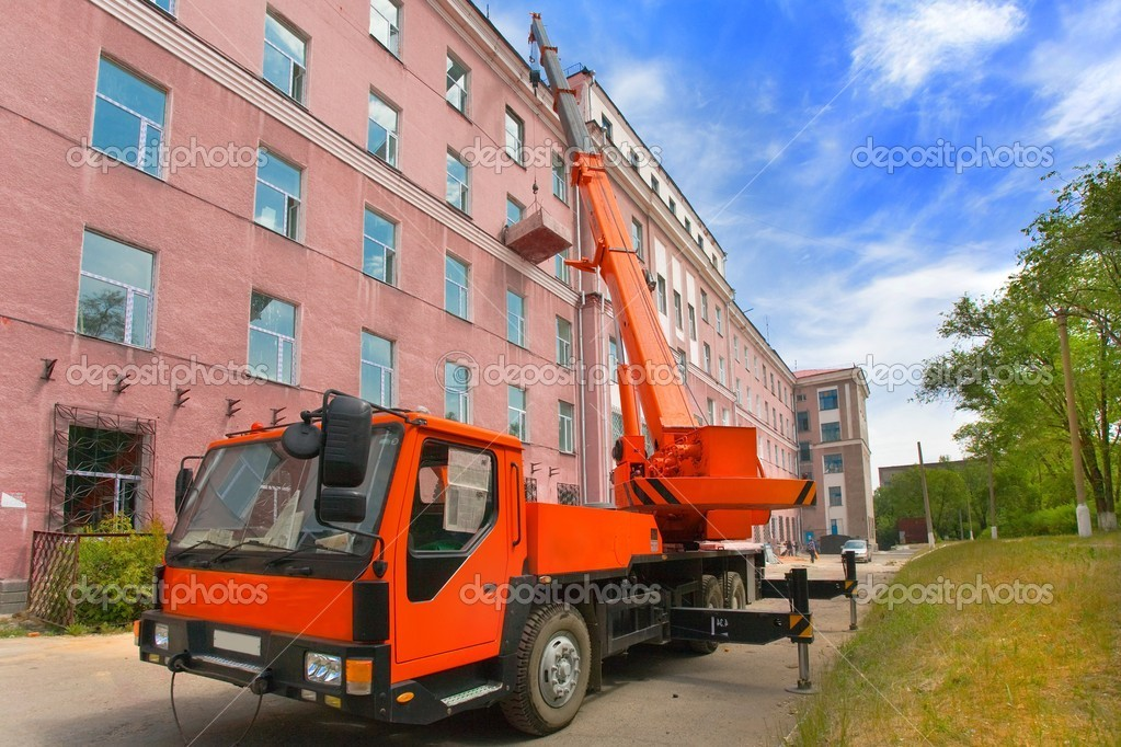 Heavy mobile crane truck working and blue sky — Stock Photo #1523846