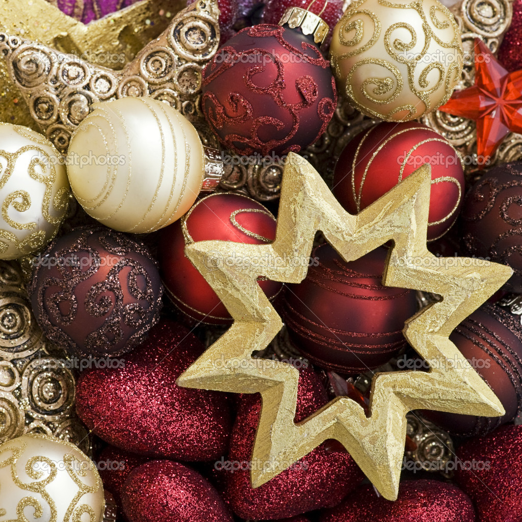 Christmas ornaments in red and gold — Stock Photo #1553344