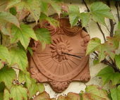 Sundial made of clay — Stockfoto