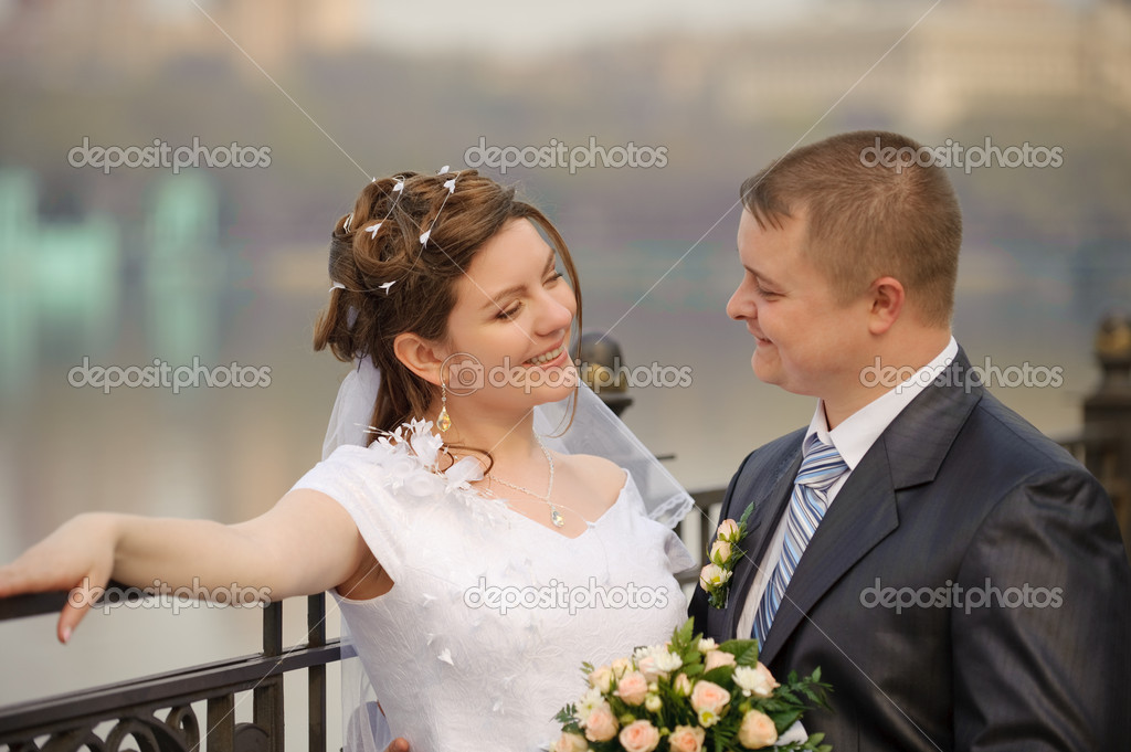 Newly-married couple. Pair young men in wedding day — Stock Photo #1524984