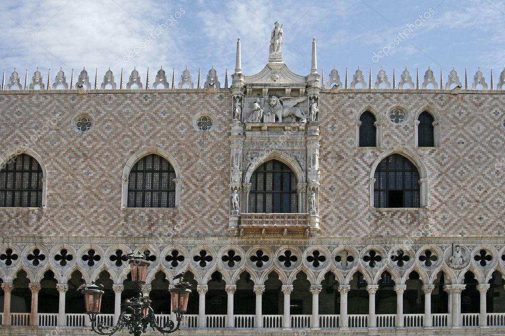 ドゥカーレ宮殿の画像 p1_30