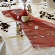 Table in a restaurant — Stockfoto