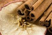 Cinnamon apple — Stock Photo