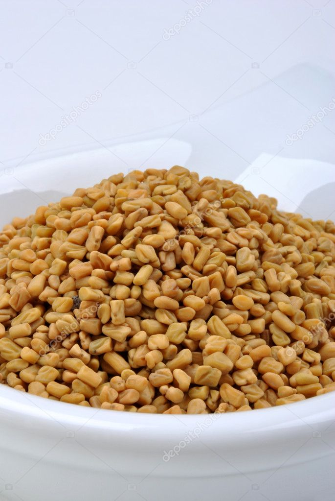 Some organic fenugreek seeds delicious with boiled potato — Stock Photo #1548832
