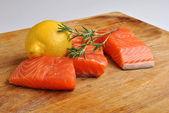 Organic wild salmon steak — Stock Photo