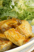 Oriental style curry turkey with salad — Stock Photo