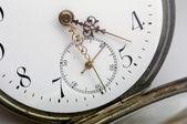 Antike taschenuhr - zegarek kieszonkowy antyczne — Zdjęcie stockowe