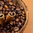 Стоковое фото: Coffee and cinnamon sticks