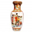 Decorated colorful Antique Chinese Vase — Stock Photo #1581876
