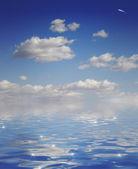 Sky and ocean — Stock Photo