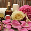 Spa cosmetics with roses — Stock Photo