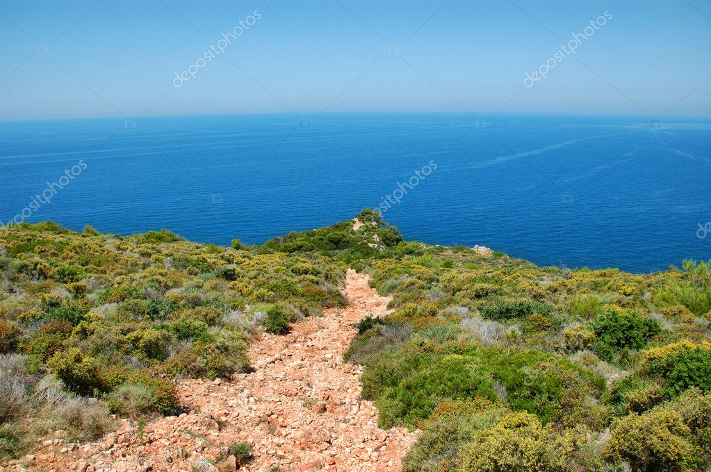 Footpath leading to the sea. Abstract holiday background. — Stock Photo #2072895