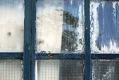 Zvětralé okno detail — Stock fotografie