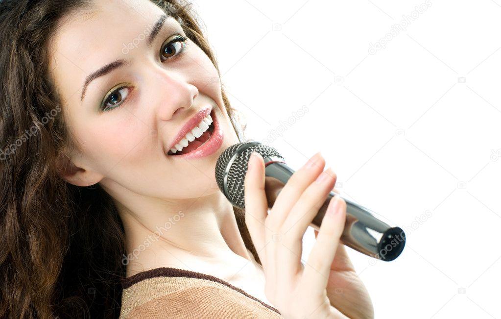 Как улучшить свой голос в домашних условиях