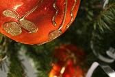 Kugel des gold weihnachten — Stockfoto