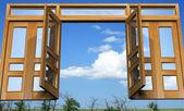 Open gates into the celestial paradise — Stock Photo