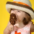 Girl with ice cream — Foto de Stock