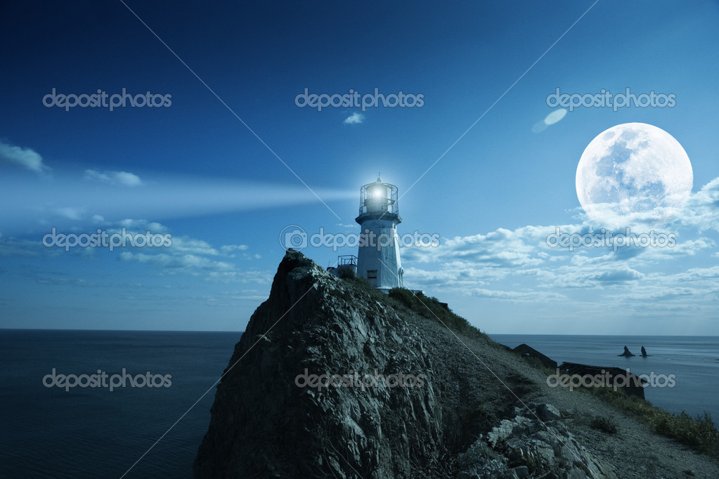 Lighthouse at nighttime. Japanese sea. — Stok fotoğraf #2276034