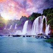 Banyue водопад — Стоковое фото