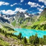 Mountain lake — Stock Photo #1593654