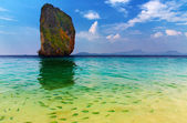 Tropical paradise, Poda Island, Thailand — Stock Photo