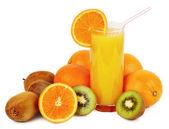 Copo de suco e frutas tropicais — Fotografia Stock
