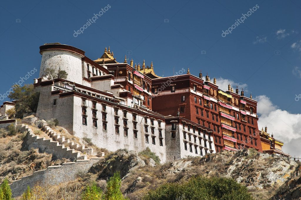 Potala palace in Lhasa, Tibet — Stock Photo #1606994