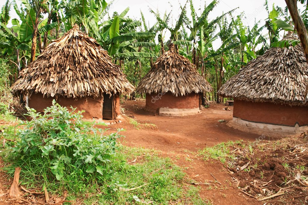 Traditional african huts, Uganda — Stock Photo #1607217