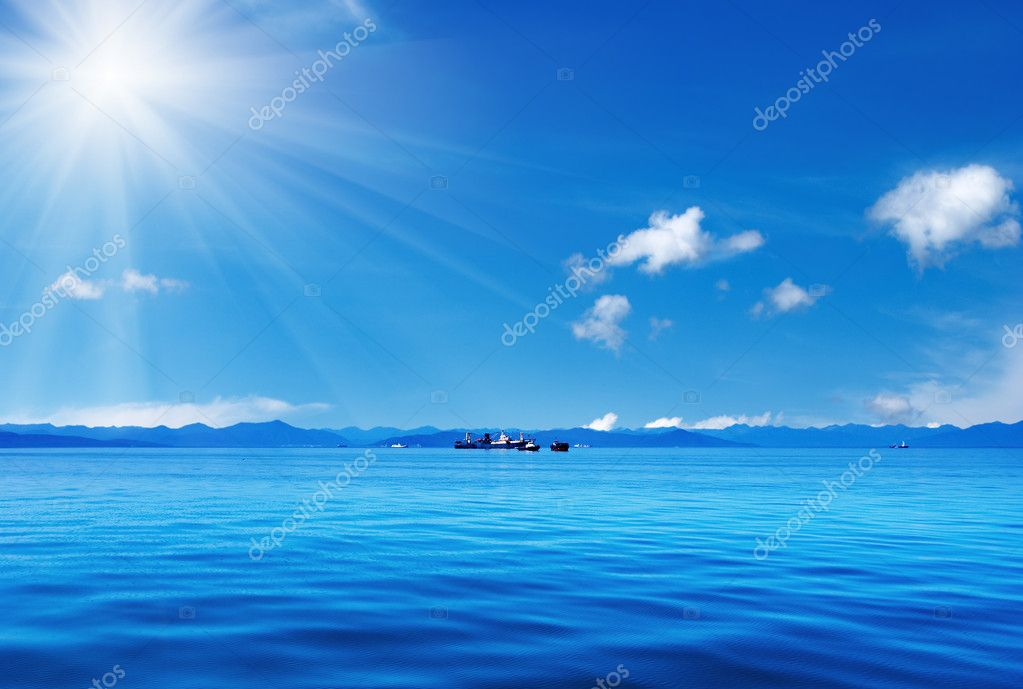 Blue sky and ocean  Stock Photo #1620430