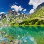 Mountain lake — Stock Photo #1703463