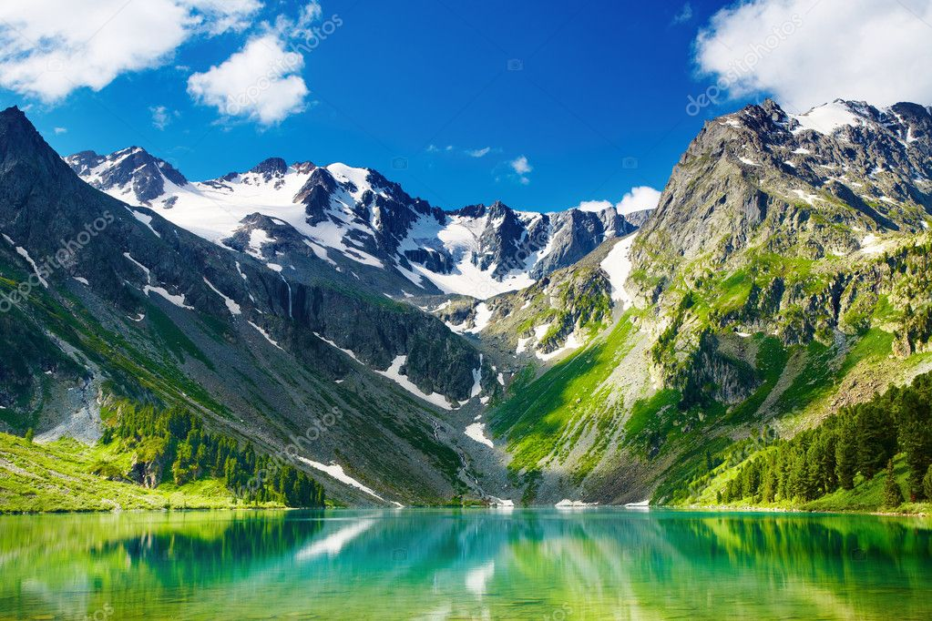 Beautiful turquoise lake in Altai mountains  Stock Photo #1704628