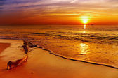 Golden sunset, Chang island, Thailand — Stock Photo