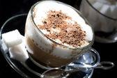 咖啡厅-咖啡拿铁咖啡卡布奇诺 — 图库照片
