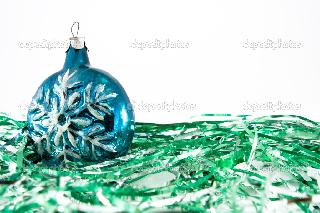 Christmas ornament from a sphere with a snowflake — Stock Photo #1656127