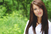 Beautiful young woman outdoors — Stock Photo