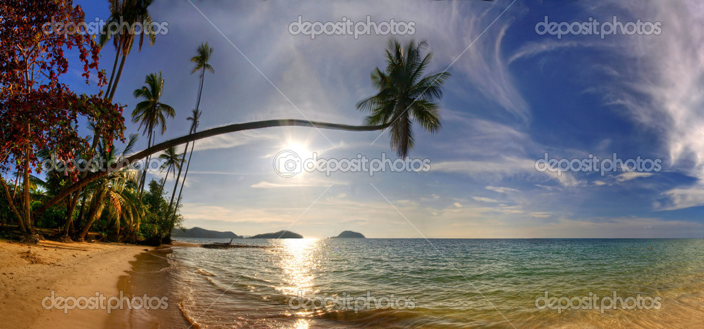 Panorama of tropical beach. Siam bay. Province Trat. Koh Mak island. Kingdom Thailand — Stock Photo #1633329