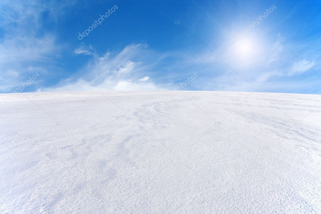 Snow mountain and blue sky — Stock Photo #1617604