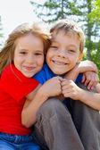 Hermano y hermana — Foto de Stock